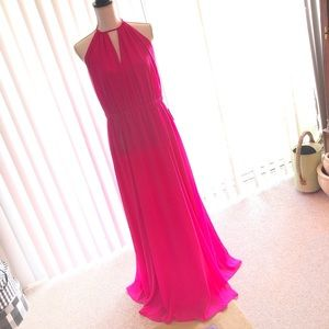 NEW!!  Stunning Backless Maxi in Hot Pink NWT 💕